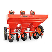 Potato_Planter_(3Row)_(OPD)_Agromaster_2.jpg